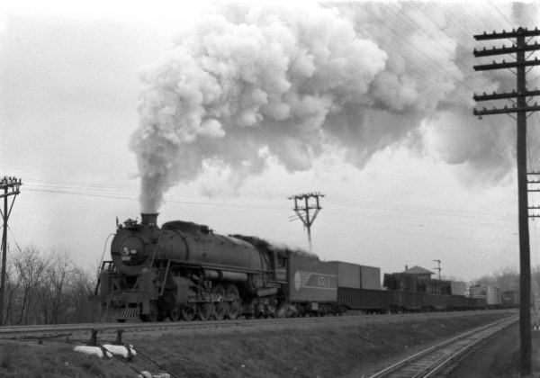 4-8-4 4514 Extra, Westbound at Southeastern Junction, St. Louis, Missouri in December 1942 (William K. Barham)