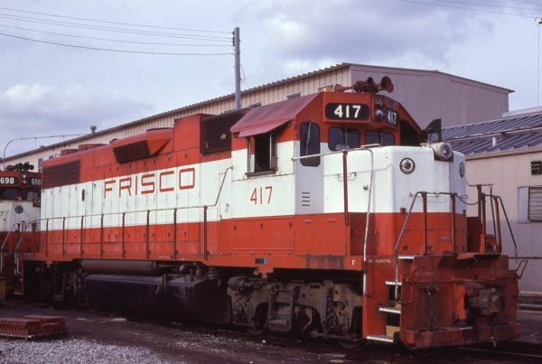 GP38-2 417 at Memphis, Tennessee in January 1981 (Lon Coone)