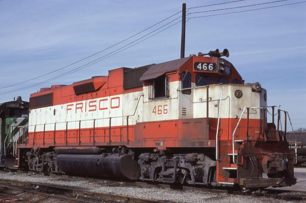 GP38-2 466 at Memphis, Tennesse in January 1981 (Lon Coone)