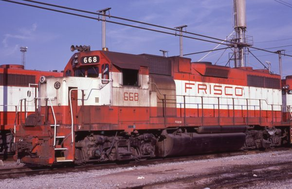 GP38-2 668 at Memphis, Tennessee in January 1981 (Lon Coone)