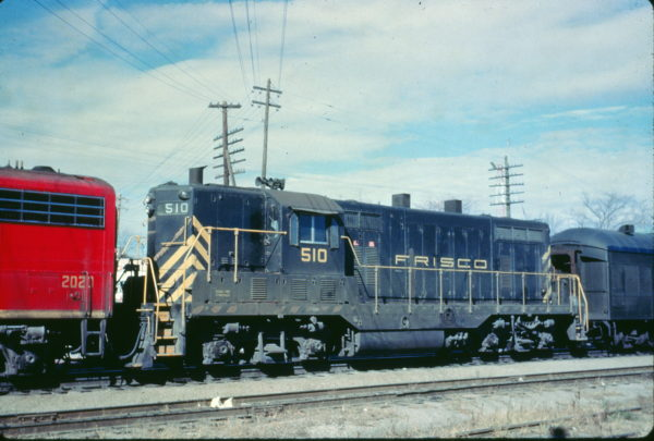 GP7 510 at Rolla, Missouri in November 1961 (Charly's Slides)