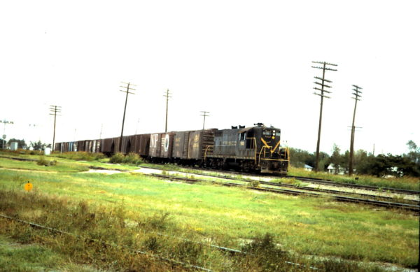 GP7 516 (date and location unknown)