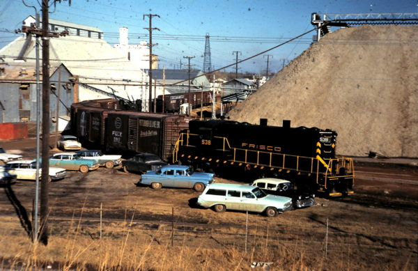 GP7 538 at Producers Co-op, Oklahoma City, OK