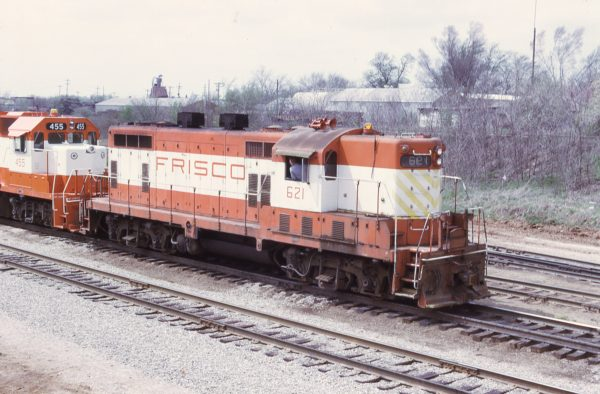 GP7 621 at Springfield, Missouri on April 23, 1975 (M.A. Tedesco)