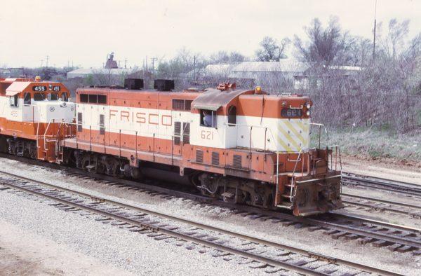 GP7 621 at Springfield, Missouri on April 23, 1975 (M.A. Tedesco)