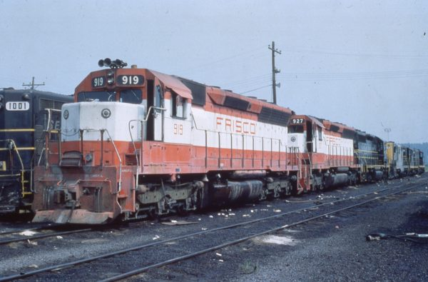 SD45s 919 and 927 at Birmingham, Alabama on July 28, 1978