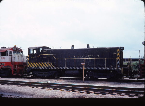 VO-1000m 203 at Springfield, Missouri in August 1977
