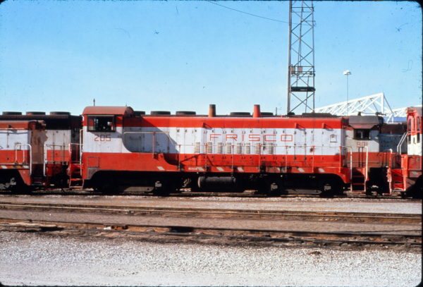 VO-1000m 205 at Kansas City, Missouri in January 1977 (Charly's Slides)