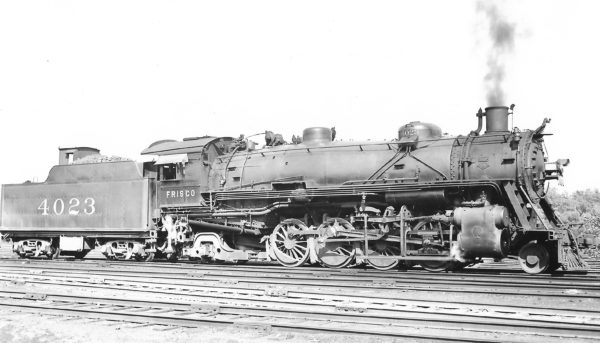 2-8-2 4023 at St. Louis, Missouri on June 5, 1938 (Arthur B. Johnson)