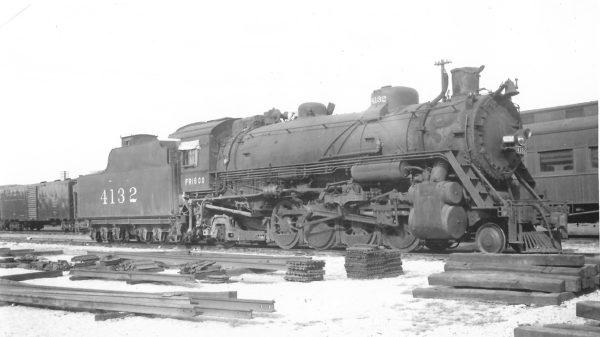2-8-2 4132 at Springfield, Missouri on November 12, 1950 (Arthur B. Johnson)