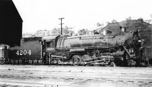 2-8-2 4204 at Kansas City, Missouri on June 10, 1947 (Arthur B. Johnson)