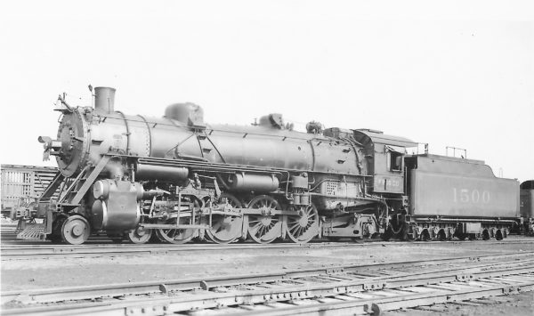 4-8-2 1500 at St. Louis, Missouri in 1942