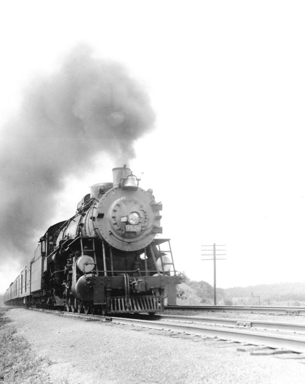 4-8-2 1529 (date and location unknown) (Joe Collias)