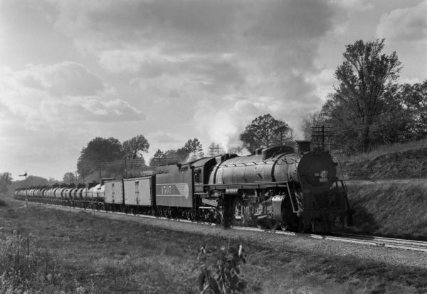 4-8-4 4507 Eastbound at Kirkwood, Missouri in 1942 (William K. Barham)