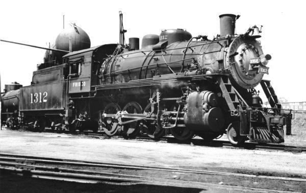 2-8-0 1312 at Fort Smith, Arkansas on May 6, 1948 (Preston George-Charles Felstead)