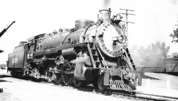 2-8-2 4109 at Neosho, Missouri on September 7, 1947 (Arthur B. Johnson)