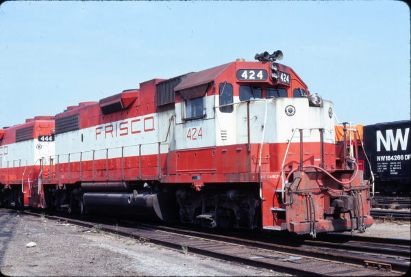 GP38-2 424 at St. Louis, Missouri on August 30, 1980 (Michael Tedesco or Dennis Smolinski)