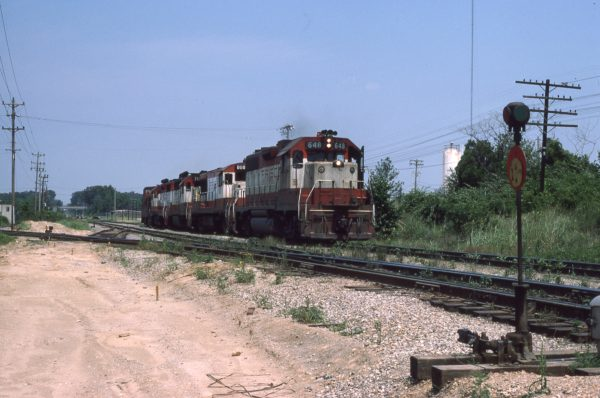 GP38AC 646 and U25B 808 at Memphis, Tennessee in May 1976