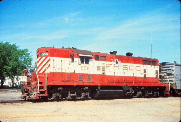 GP7 556 at Columbus, Mississippi in June 1977 (Vernon Ryder)