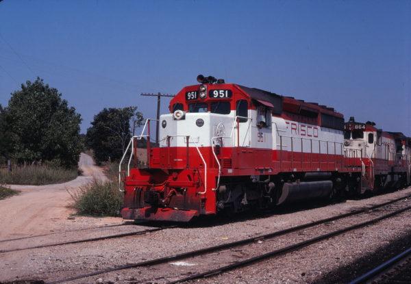 SD40-2 951 and B30-7 864 at Francis, Oklahoma on September 9, 1979 (Gene Gant)