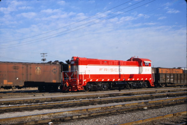 VO-1000 214 at Kansas City, Missouri on March 24, 1967 (Richard Wallin)