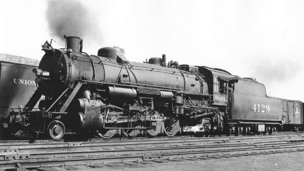 2-8-2 4129 at Kansas City, Missouri on April 25, 1939 (Arthur B. Johnson)