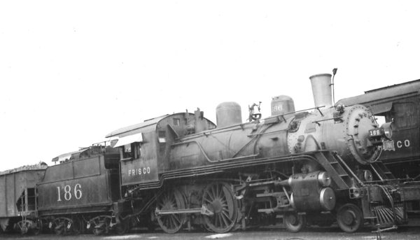 4-4-0 186 at Kansas Ciy, Missouri on July 11, 1937 (Arthur B. Johnson)