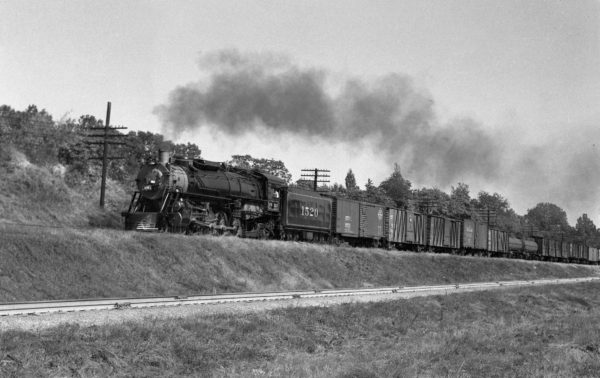 4-8-2 1520 Westbound at Kirkwood, Missouri in 1941 (William K. Barham)