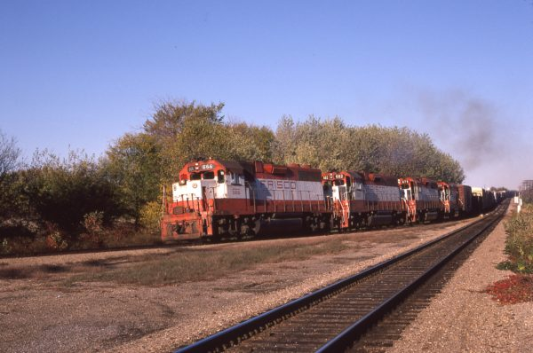 GP38-2s 666, 682, 679, and GP15-1 124 at Nichols, Missouri on October 17, 1980