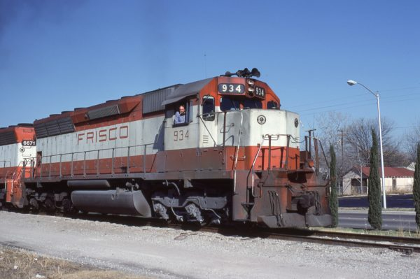 SD45 934 at Fort Worth, Texas on December 26, 1980