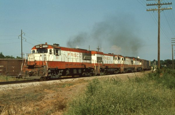 U25B 811, U30Bs 847 and 842, and GP35 725 at Vinita, Oklahoma on July 4, 1978