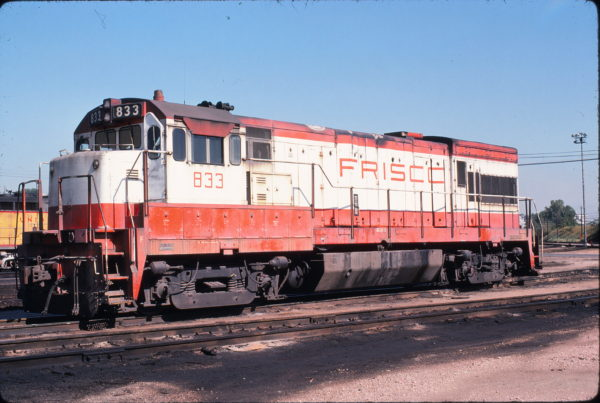 U30B 833 at Kansas City in September 1978 (Mark Carron)