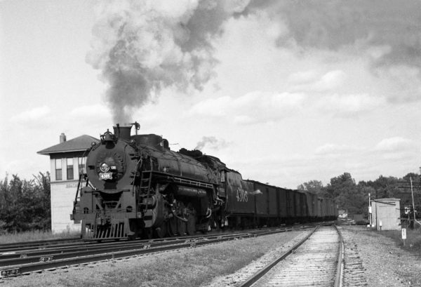 4-8-2 4305 with Train #37 at Southeastern Junction in 1941 (William K. Barham)