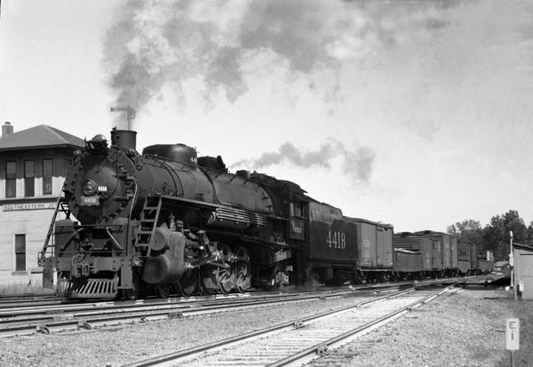 4-8-2 4418 with Train #37 at Southeastern Junction in June 1943 (William K. Barham)