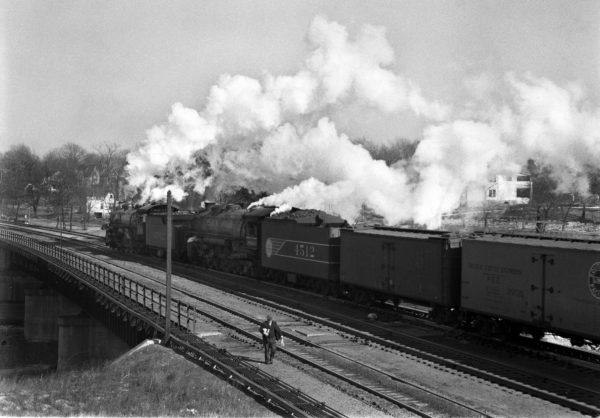 4-8-2s 1502 and 4512 arriving at Lindenwood Yard, St. Louis, Missouri in 1942 (William K. Barham)