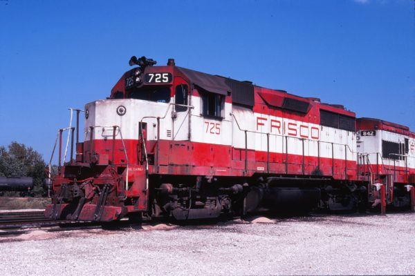 GP35 725 at Springfield, Missouri in September 1978