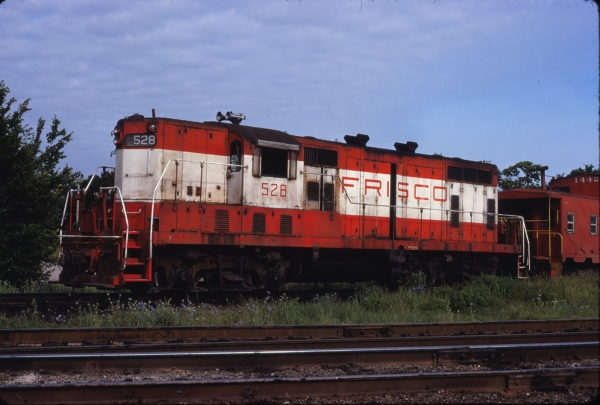 GP7 528 at Columbus, Kansas on June 4, 1978