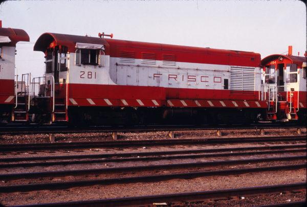 H-10-44 281 at St. Louis, Missouri on September 15, 1973 (Michael Tedesco)