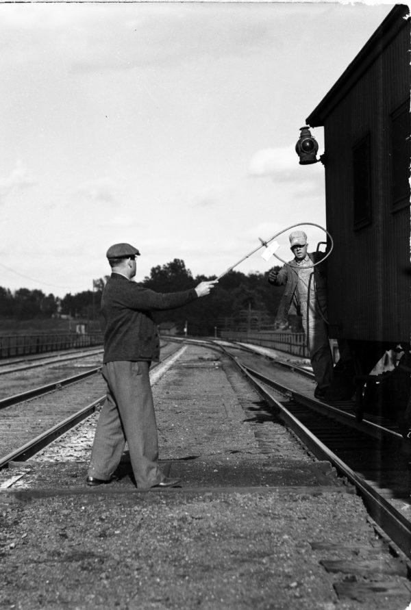 Mr Graves hooping up orders at Southeastern Junction, St. Louis, Missouri in 1941 (William K. Barham)