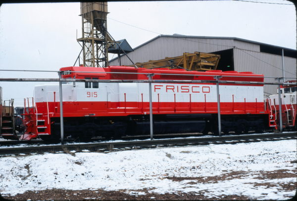 SD45 915 at Springfield, Missouri on January 5, 1980