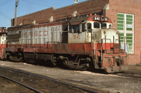 U30B 841 at Fort Smith, Arkansas on October 14, 1977 (Paul Strang)