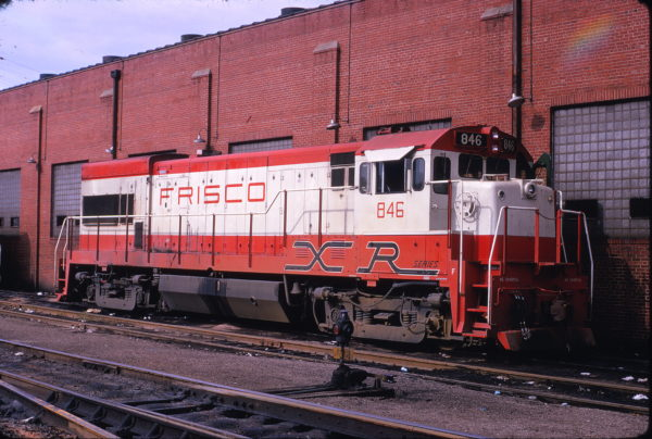U30B 846 at St. Louis, Missouri on September 22, 1973 (Ray Sabo)