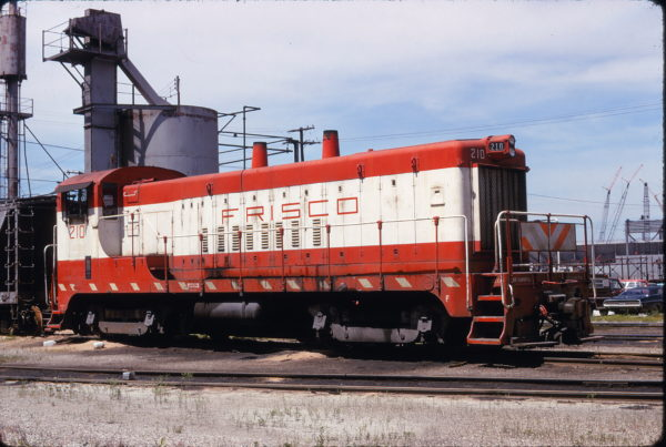 VO-1000m 210 at Kansas City, Missouri on May 3, 1974 (James Primm)