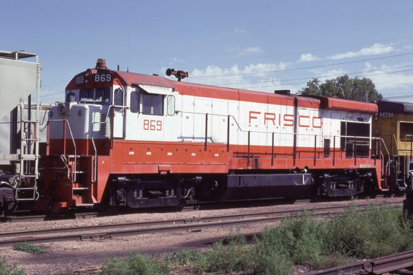 B30-7 869 at Lincoln, Nebraska in September 1980 (J.C. Butcher)