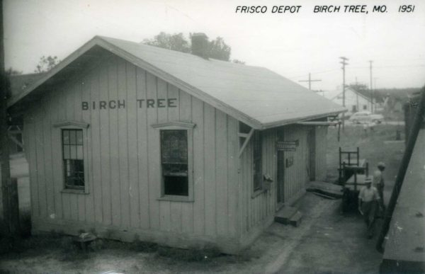 Birch Tree, Missouri Depot in 1951 (Postcard)