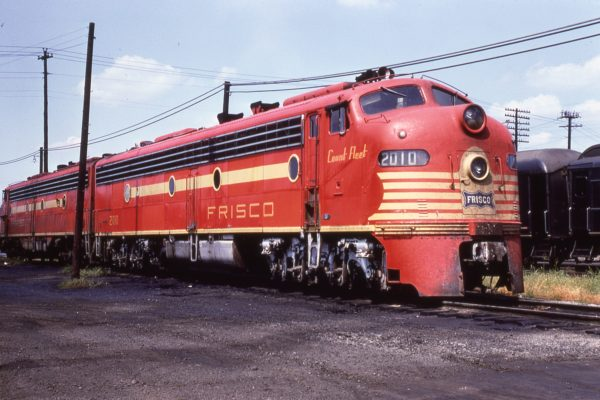 E8A 2010 (Count Fleet) at Birmingham, Alabama on September 6, 1966