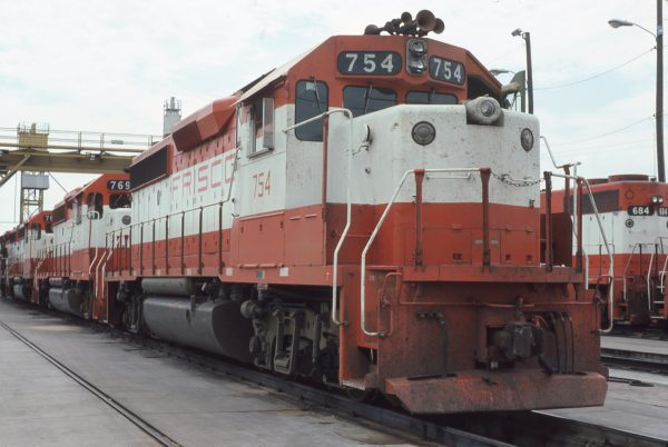 GP40-2s 754 and 769 at Tulsa, Oklahoma on August 31, 1980 (Chuck Frey)