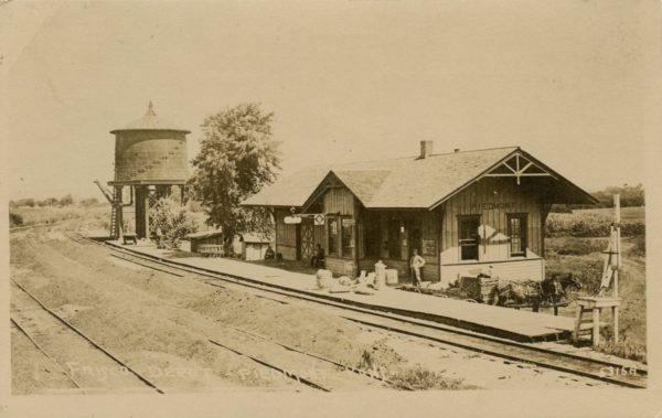 Piedmont, Kansas Frisco Depot (Postcard)