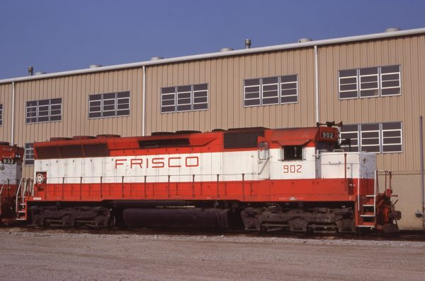 SD45 902 at Tulsa, Oklahoma on August 27, 1980 (R. Bee)