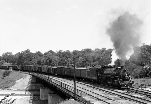 2-8-2 4029 Southbound with Train #835 at Southeastern Junction in June 1943 (William K. Barham)